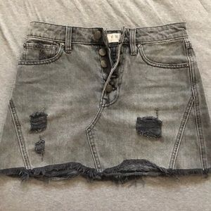 FREE PEOPLE CHARCOAL MINI SKIRT